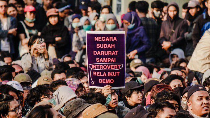 Aksi Demo Gen Z Demi Mendapat Keadilan DPR
